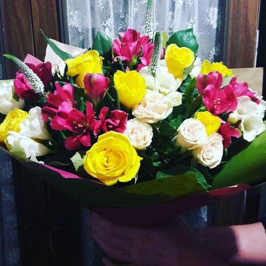 Маскарад букет цветов, цветов город