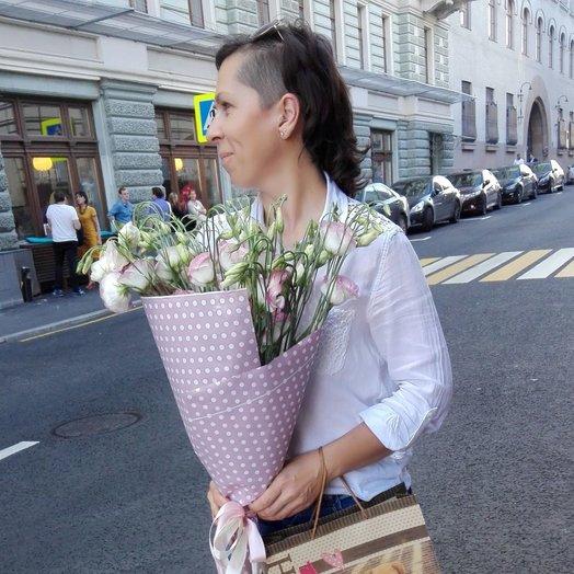 Нежный колокольчик: букеты цветов на заказ Flowwow