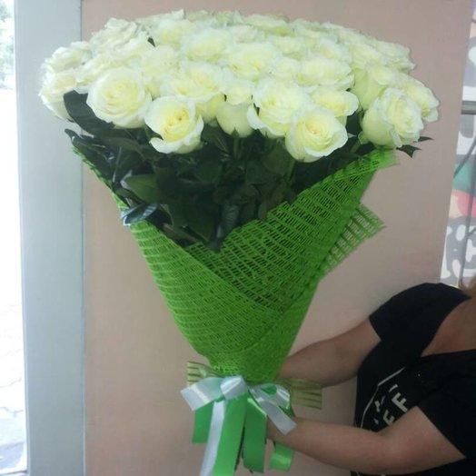 Букет из 55 эквадоских белых роз: букеты цветов на заказ Flowwow