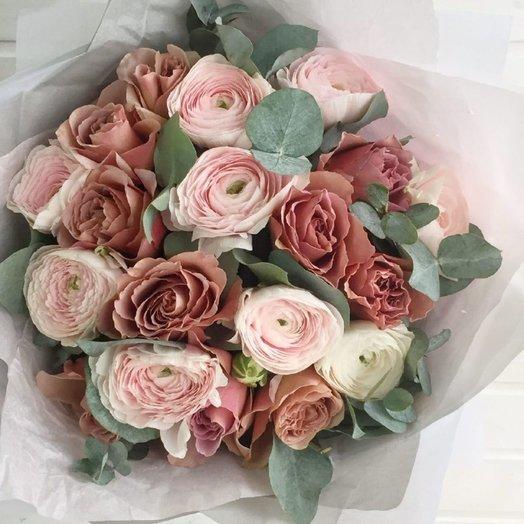 Роза кофе-латте с ранункулюсами: букеты цветов на заказ Flowwow