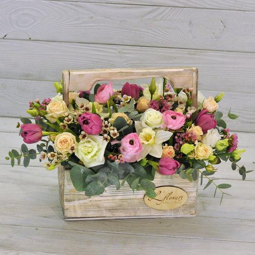 Wood Box Aston Martin: букеты цветов на заказ Flowwow