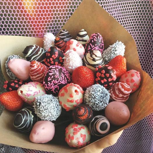 Клубничный Букет «Клубника в шоколаде»: букеты цветов на заказ Flowwow