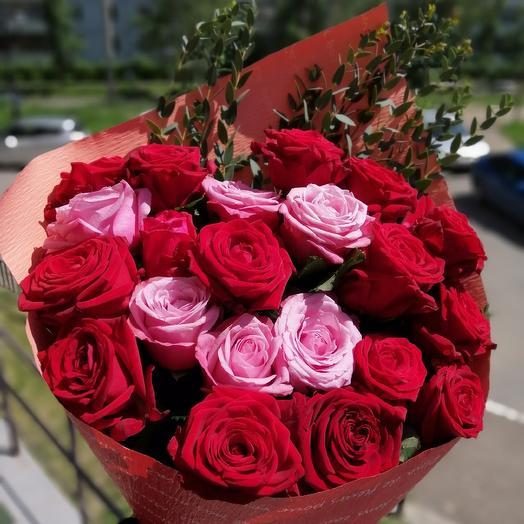 Букет из 21 розы микс: букеты цветов на заказ Flowwow