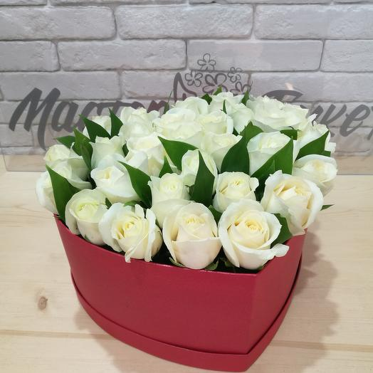 Box white roses: flowers to order Flowwow