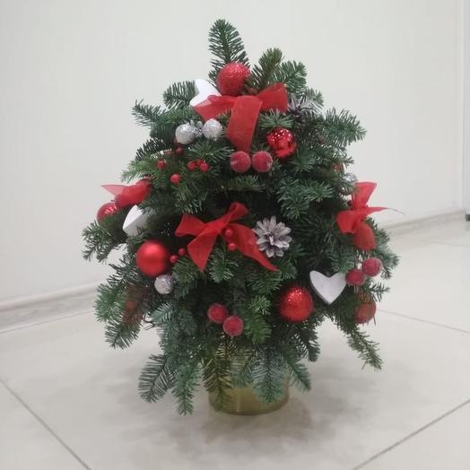 Ель новогодняя: букеты цветов на заказ Flowwow