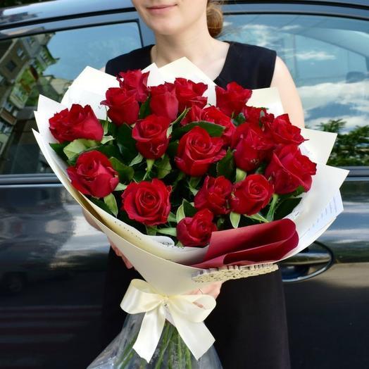 Красные розы 25