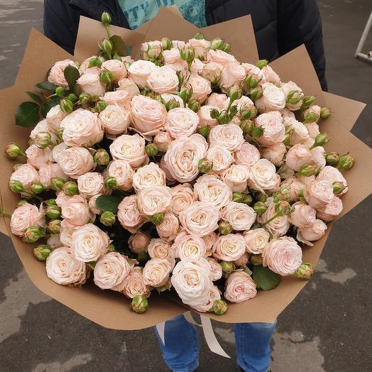 """Букет из кустовых роз """"Бомбастик"""""""
