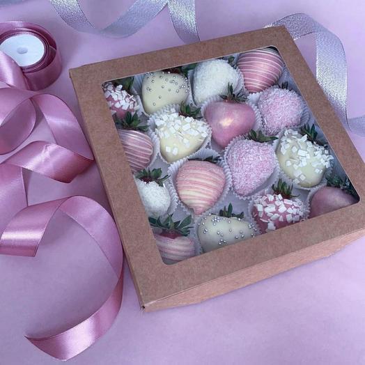 16 ягод в коробочке