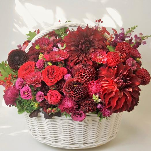 Корзина с цветами Luxury Flowers Роскошный подарок