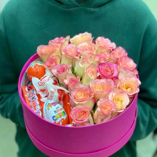 Roses in a box 7551