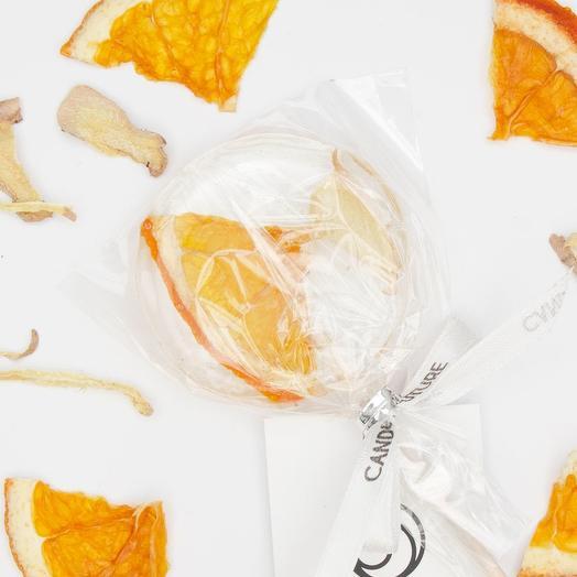 Леденец из изомальта с сушеным слайсом апельсина и имбиря