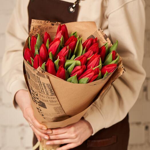 """25 тюльпанов в гамме """"Classic Red"""""""