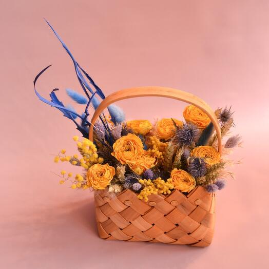 Корзинка с сухоцветами