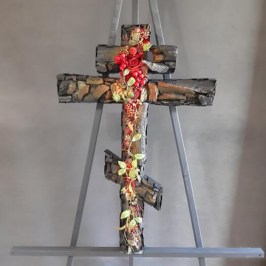 Восьмиконечный крест из угля