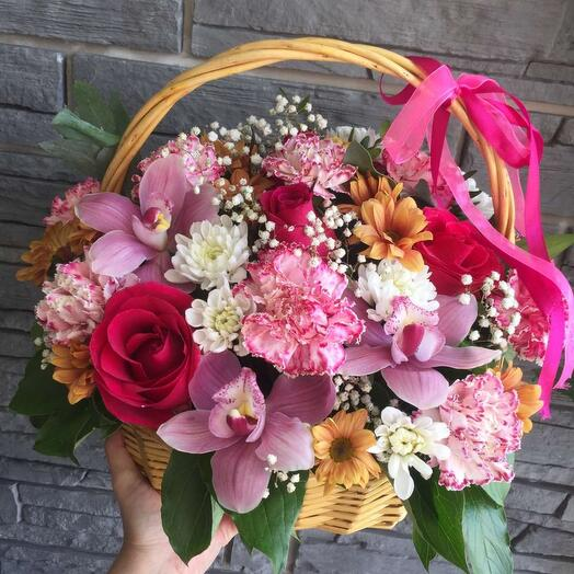 Корзина с цветами летняя