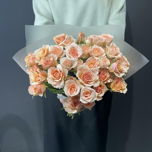 Букет из 11 кремовых кустовых роз