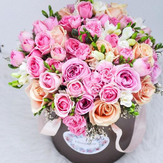 Цветы в шляпной коробке 3