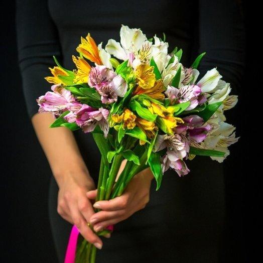 Букет 9 альстромерий: букеты цветов на заказ Flowwow