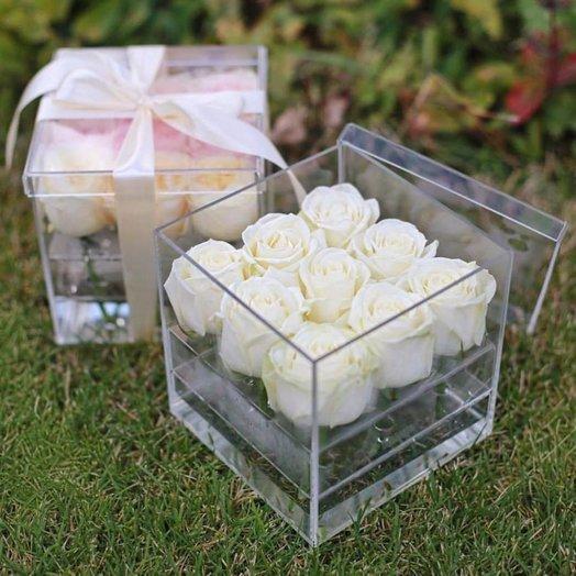 Crysta box на 9 роз: букеты цветов на заказ Flowwow