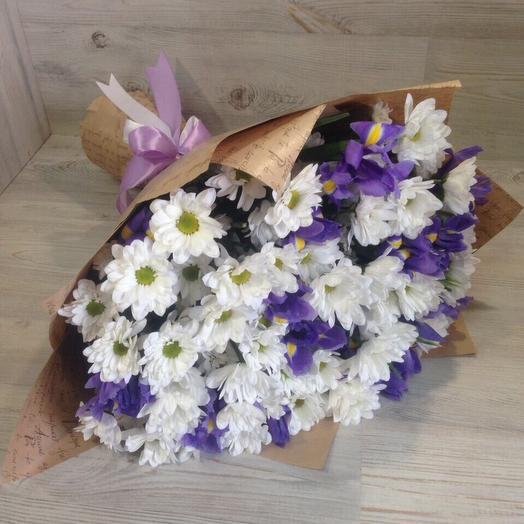 11 ХРИЗАНТЕМ с ИРИСАМИ: букеты цветов на заказ Flowwow