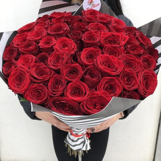 Букет алых роз Эльторо: букеты цветов на заказ Flowwow