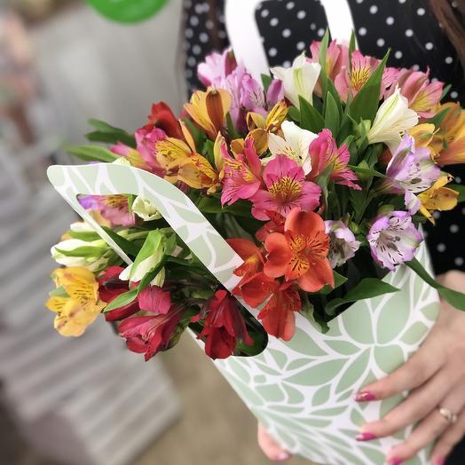 Сумка альстромерия: букеты цветов на заказ Flowwow