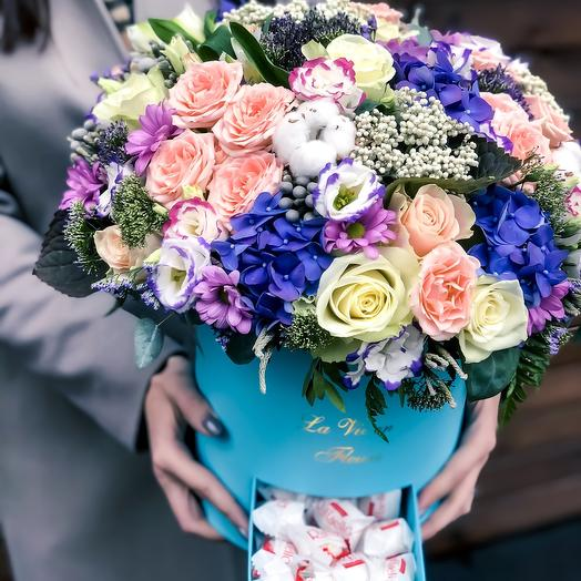 Коробка чудес: букеты цветов на заказ Flowwow