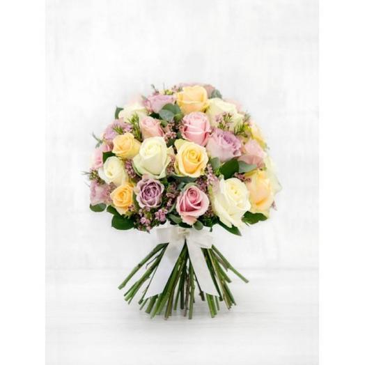 БУКЕТ НЕЖНЫЙ МИКС РОЗ: букеты цветов на заказ Flowwow