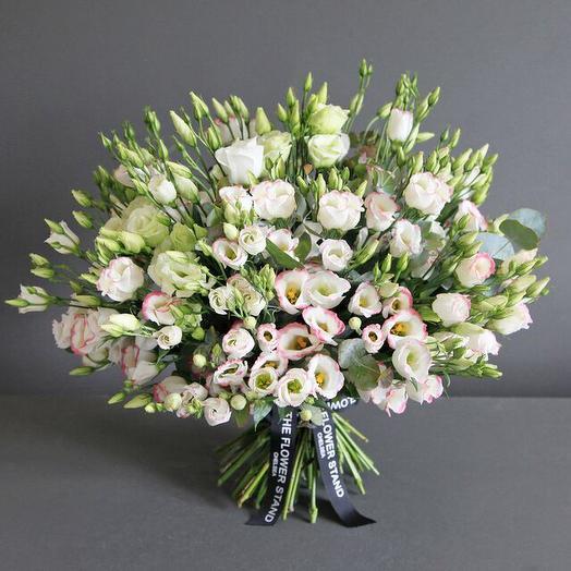 Шар любви и внимания: букеты цветов на заказ Flowwow