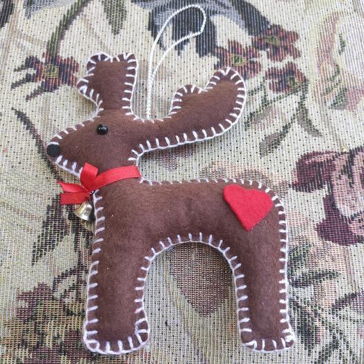 Рождественский олень - подвеска