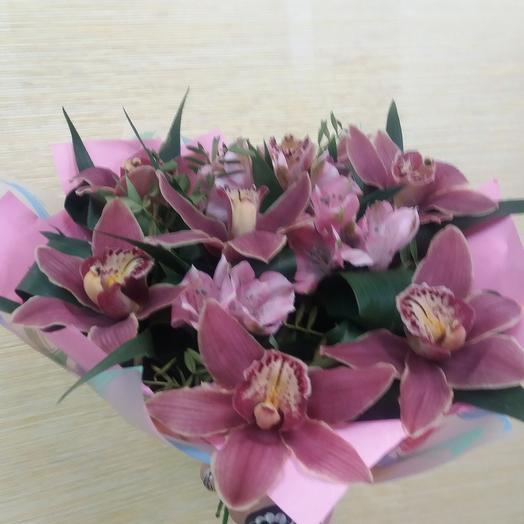 """Букет """"Страстная орхидея"""""""