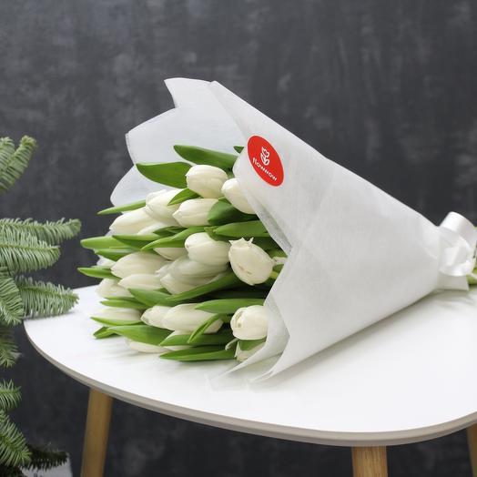 Белый тюльпан 31
