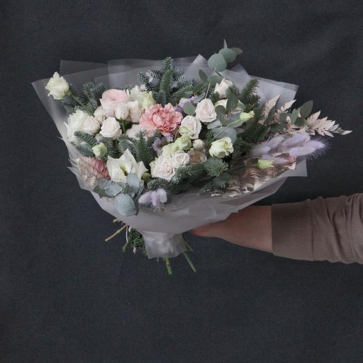 Букет из нежно розовых цветов