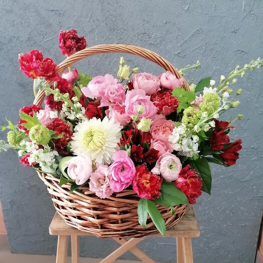 Натюрморт цветами