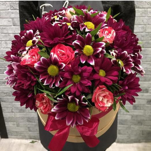 Цветы в коробке 00557