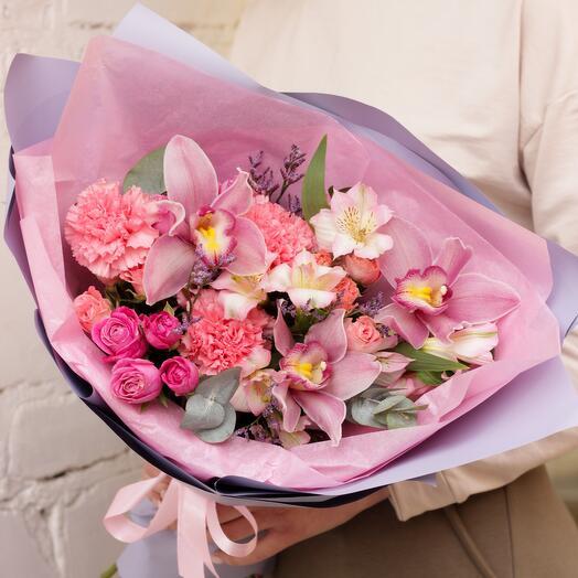"""Сборный букет цветов """"Lady"""""""