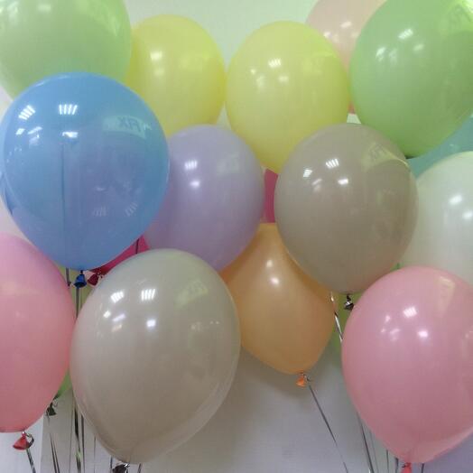 Нежная композиция из 15 шариков