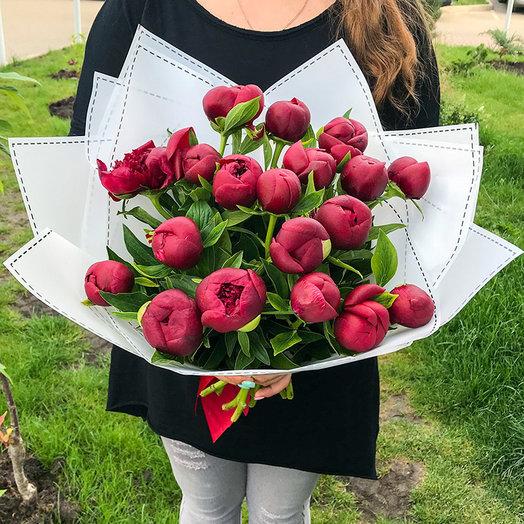 Букет из 21 пиона: букеты цветов на заказ Flowwow