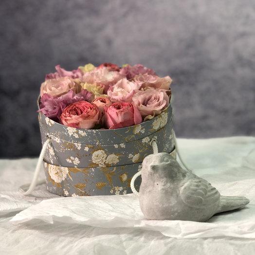 Шляпная коробочка : букеты цветов на заказ Flowwow