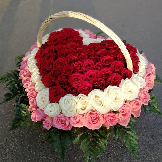 Букет из 101 розы в корзине