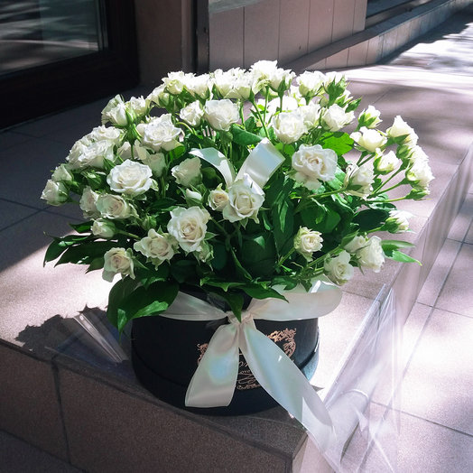 Коробка из кустовый розы