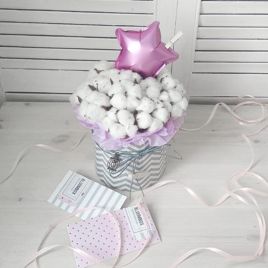 Милая коробочка с хлопком: букеты цветов на заказ Flowwow