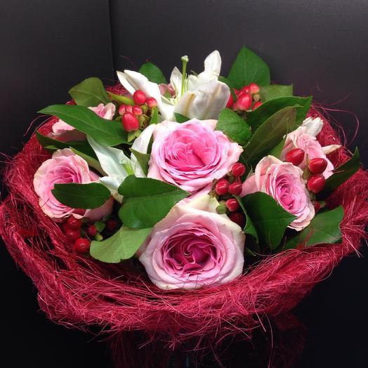 Айне: букеты цветов на заказ Flowwow