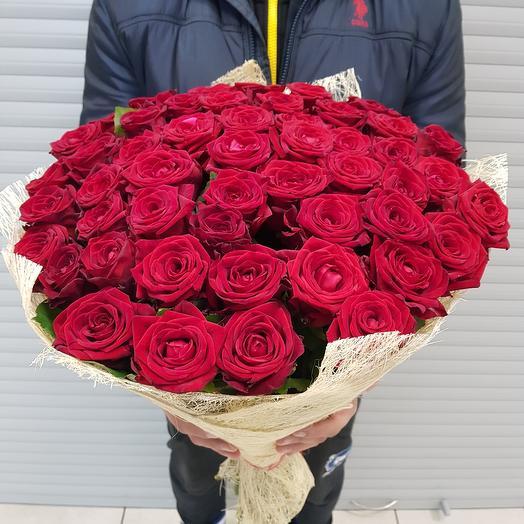 Букет из 51 красной розы (70 см.): букеты цветов на заказ Flowwow