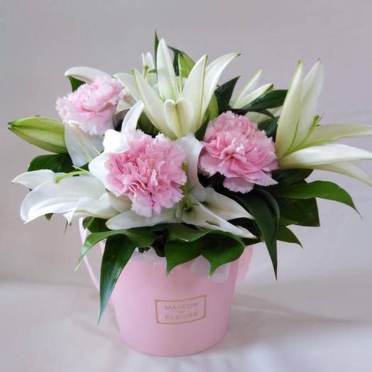 Композиция с лилиями: букеты цветов на заказ Flowwow