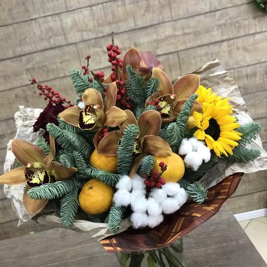 Зимний букет с мандаринами: букеты цветов на заказ Flowwow