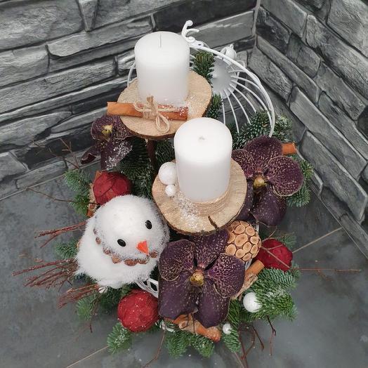 """Новогодняя композиция """"За окошком снегири"""": букеты цветов на заказ Flowwow"""