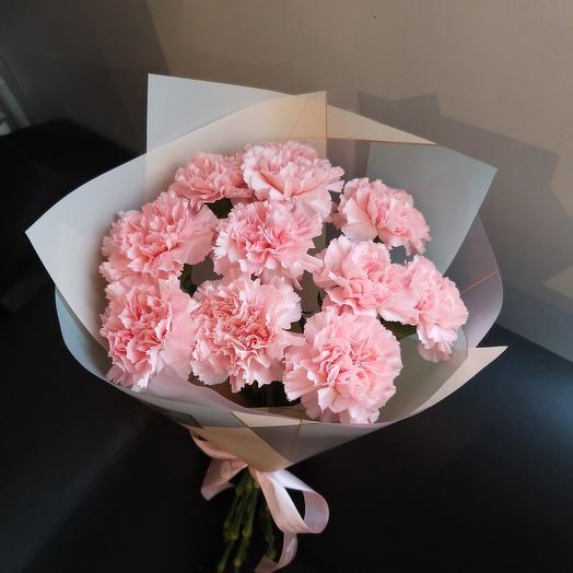 11 розовых диантусов
