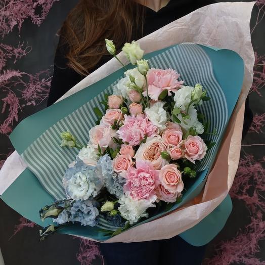 """""""Нежность"""" С пионовидными розами и эустомой"""