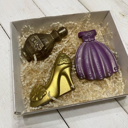 Шоколад ручной работы для девушки (день рождения)